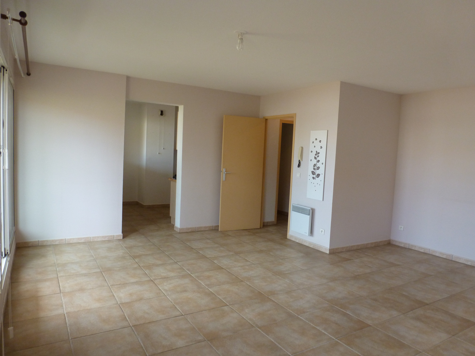 Location location a perpignan sud saint gaud rique appartement t4 84m sh garage 802 - Location garage perpignan ...